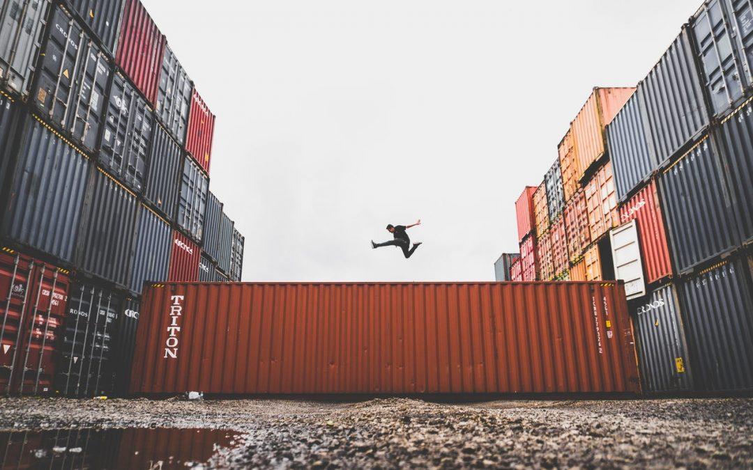 Docker: Йо-хо-хо и… всички на борда!